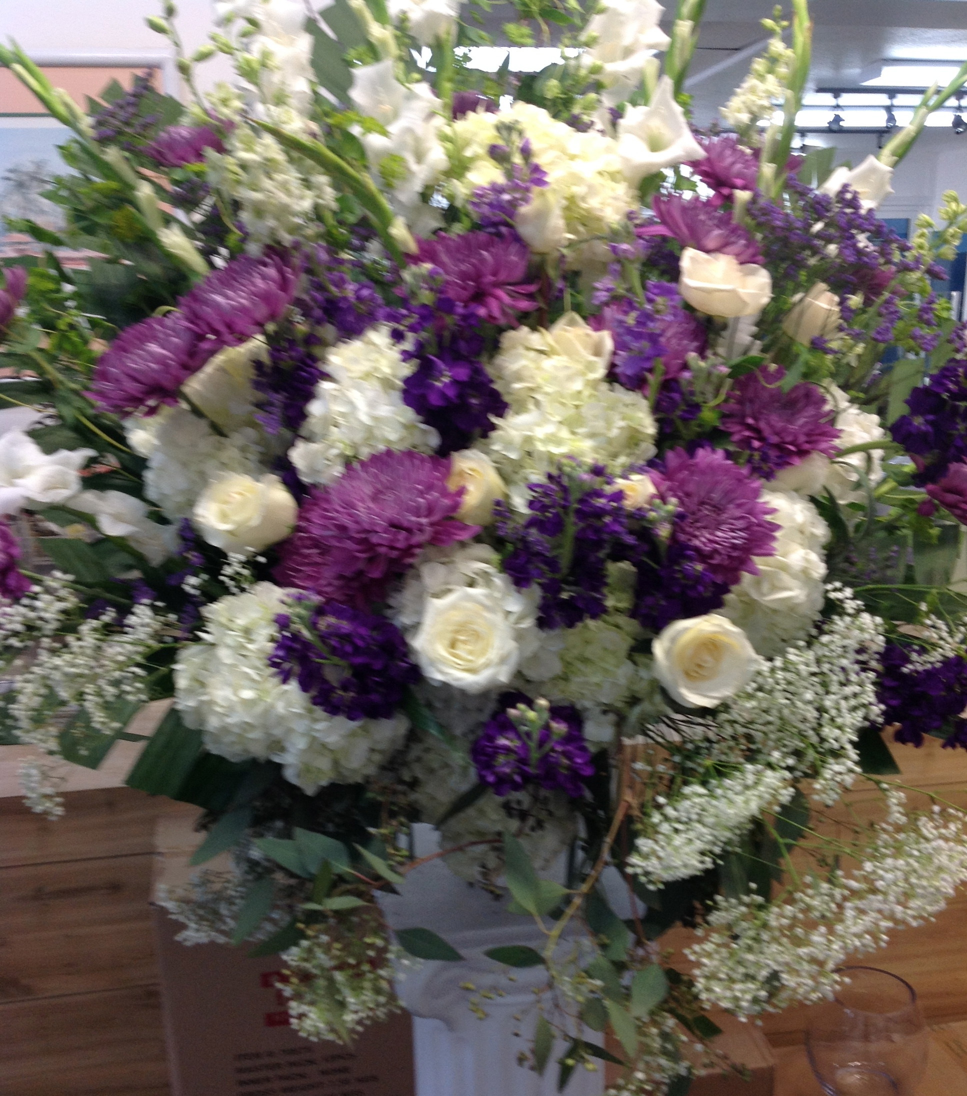 Attractive Massive Flower Bouquets Image - Images for wedding gown ...