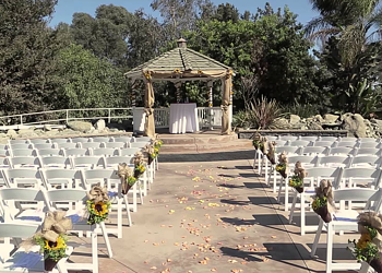 Red Horse Barn Huntington Beach Wedding Venue
