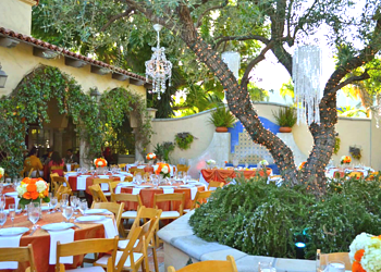 Green Parrot Villa Santa Ana Wedding Venue